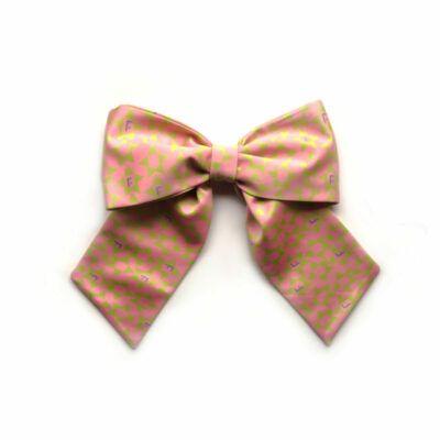 Moño Acróbata Pinkgold La Figueretti. Material: Accesorio confeccionado en tejido satinado 100% poliester, estampado por sublimación.